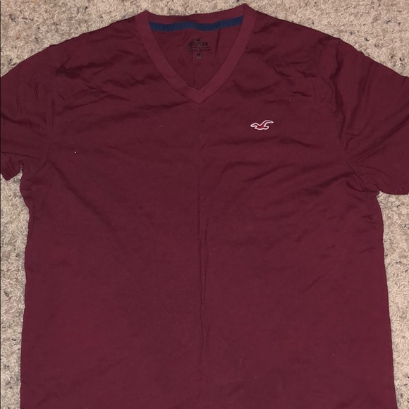 American Eagle Outfitters Other - Men's maroon v-neck American eagle T-shirt